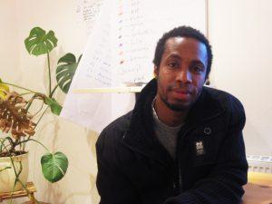 Toupé aus Guinea wünscht sich, seine Ausbildung in Deutschland beenden zu können. (Foto: Christine Krüger)