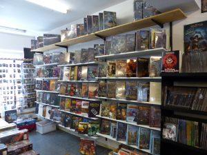 Die Rollenspielauslage im ersten Stock des Bonner Comic Ladens.