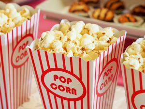 https://pixabay.com/de/popcorn-filme-kino-unterhaltung-1085072/