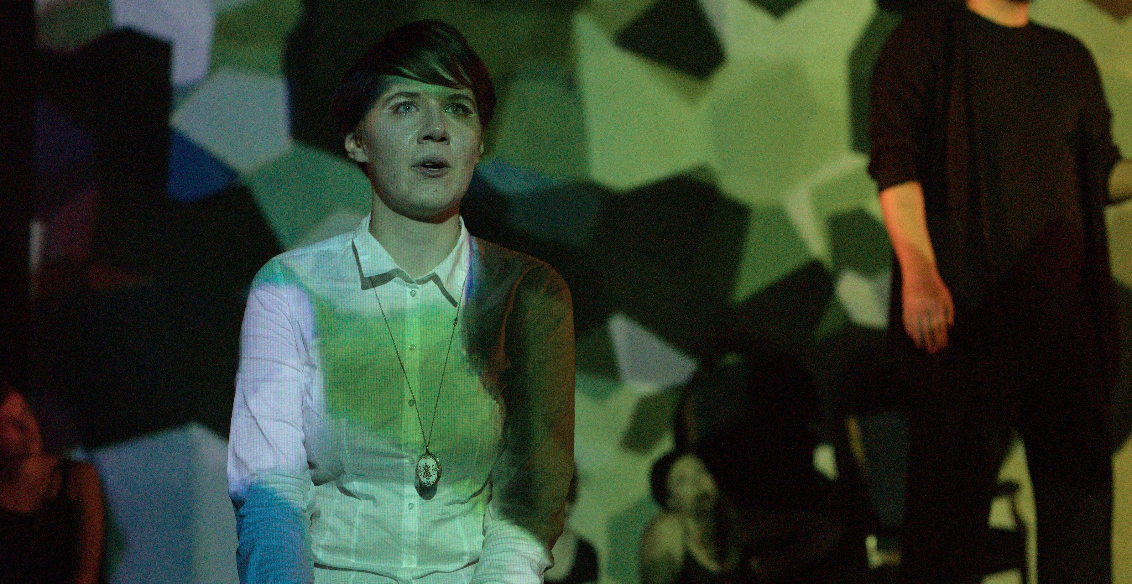 Ellie als Hamlet auf der Bühne | Foto: Viola Bender