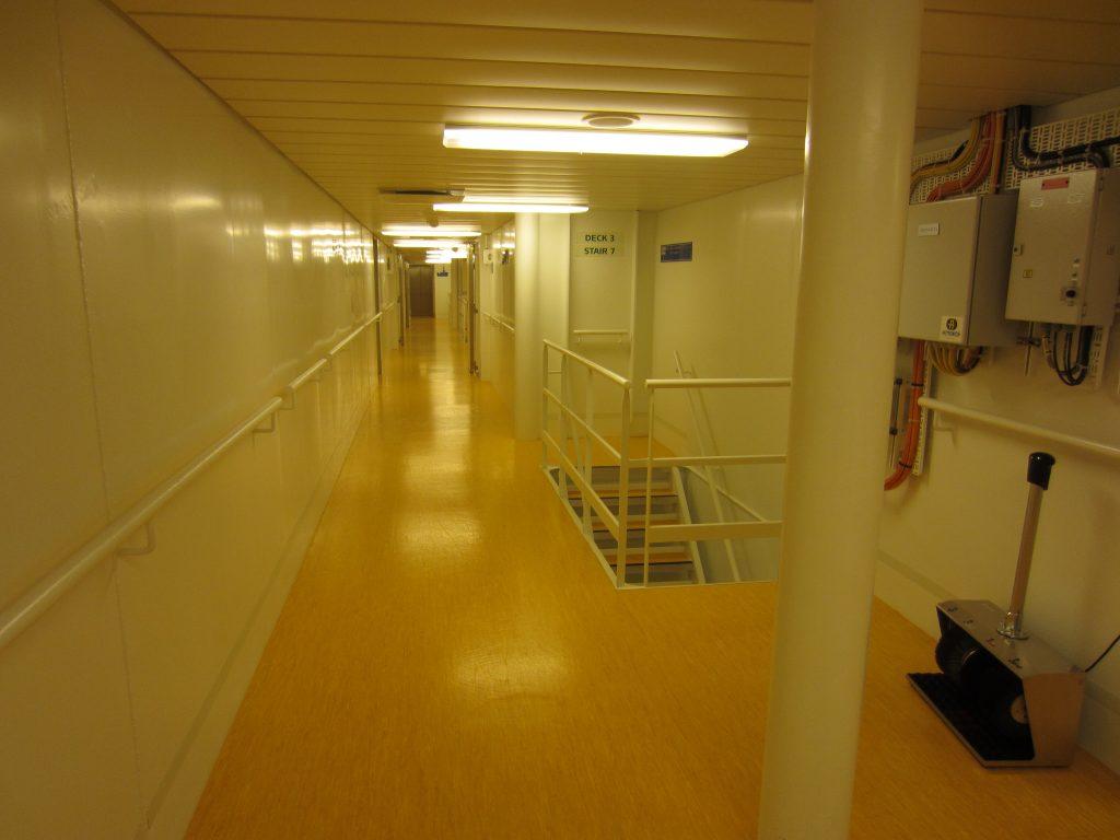 Der Bereich, wo sich die Kabinen der Crew befinden. Foto: Nina Feldkamp