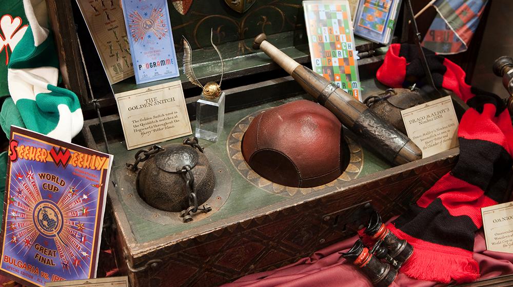 harry-potter-ausstellung-quidditch-koffer